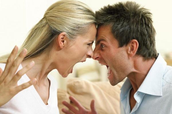 離婚理由ランキング~仲良し夫婦が離婚を選ぶ本当の理由が衝撃的!